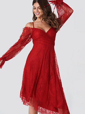 Trendyol Asymmetric Lace Midi Dress