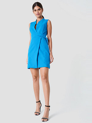 Trendyol Side Belt Dress