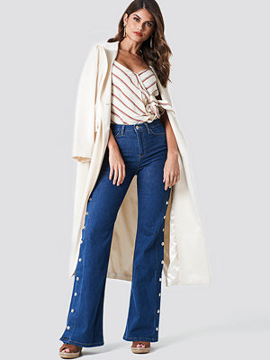 Trendyol High Flared Jeans
