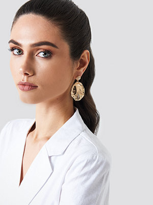 NA-KD Accessories Round Structured Leaf Earring - Smycken