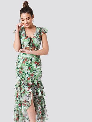 Trendyol Tie Front Ruffle Detailed Dress - Maxiklänningar