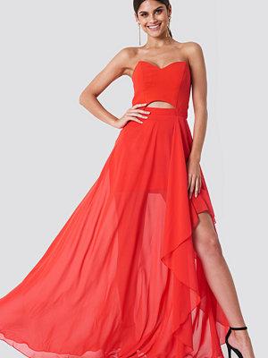 Trendyol Strapless Asymmetrical Maxi Dress - Maxiklänningar