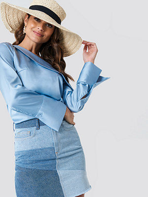 Andrea Hedenstedt x NA-KD One Shoulder Folded Blouse - Blusar