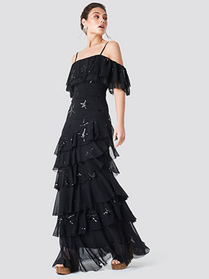 Trendyol Star Sequin Embroidered Maxi Dress