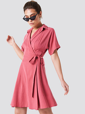 Trendyol Wrap Around Midi Dress - Festklänningar
