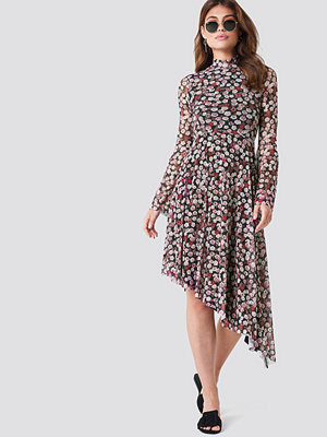 NA-KD Boho Mesh Bell Sleeve Dress rosa multicolor