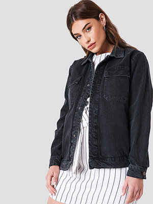Jeansjackor - NA-KD Big Pocket Denim Jacket - Jeansjackor