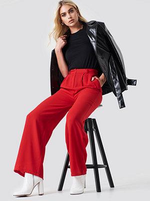 NA-KD Trend röda byxor Wide Pants röd