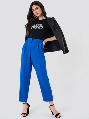 NA-KD Trend blå byxor Loose Fit Suit Pants