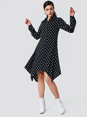 NA-KD Asymmetric Midi Shirt Dress - Vardagsklänningar