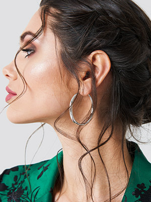 NA-KD Accessories Uneven Hoop Earrings - Smycken