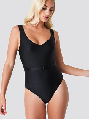 Trendyol Belt Detailed Swimsuit - Baddräkter