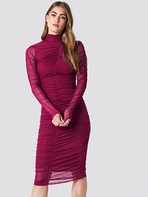 NA-KD Party Ruched Mesh Dress lila