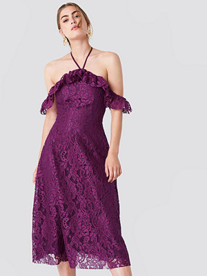 Trendyol Halter Lace Midi Dress lila