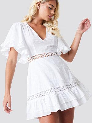 Linn Ahlborg x NA-KD Butterfly Sleeve Dress vit