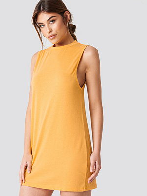 Debiflue x NA-KD Loose Sleeveless Dress - Vardagsklänningar