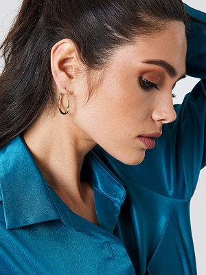 NA-KD Accessories Asymmetric Mini Hoop Earrings - Smycken