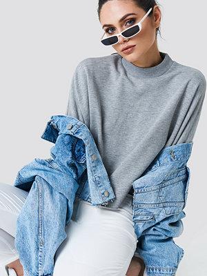 NA-KD Raw Hem Batwing Sweatshirt grå