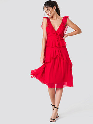 NA-KD Boho Deep Back Frill Chiffon Dress röd