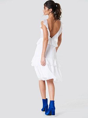 NA-KD Boho Deep Back Frill Chiffon Dress vit