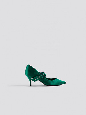 NA-KD Shoes Satin Buckle Pumps grön