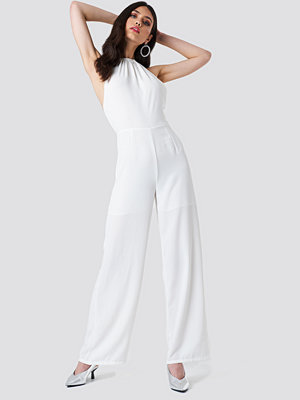 NA-KD Party Open Back Halterneck Jumpsuit vit