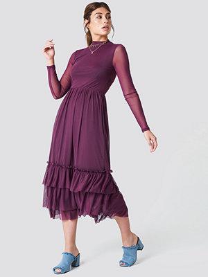NA-KD Boho Mesh Frill Dress lila