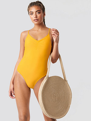 NA-KD Swimwear Basic Front Ruched Swimsuit gul