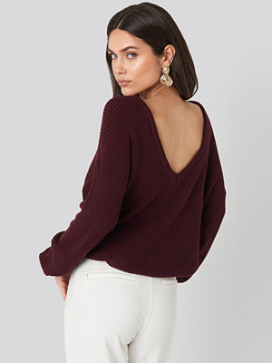 NA-KD Knitted Deep V-neck Sweater lila