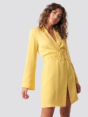 Hannalicious x NA-KD Blazer Dress - Miniklänningar