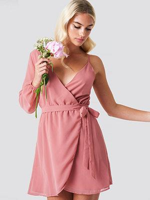 Linn Ahlborg x NA-KD One Sleeve Wrap Dress