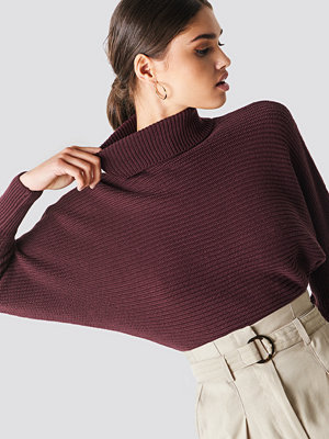 NA-KD Folded Knitted Sweater burgundy