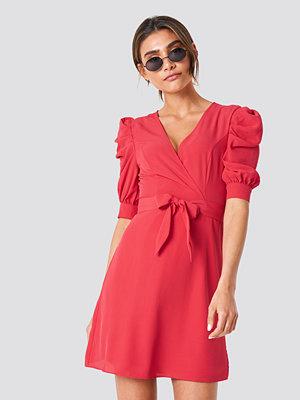 Trendyol Ballon Sleeve Midi Dress - Midiklänningar