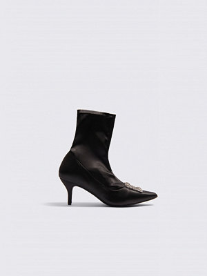 Pumps & klackskor - NA-KD Shoes Embellished Satin Sock Boots svart