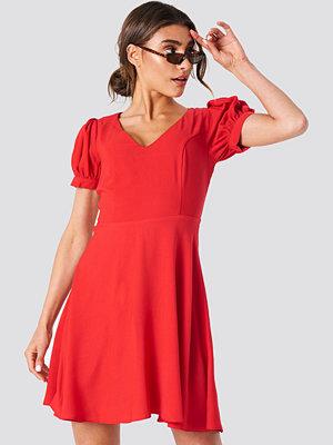Trendyol V Neck Mini Dress röd