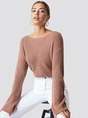 NA-KD Cropped Long Sleeve Knitted Sweater rosa