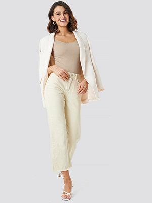 NA-KD Trend Raw Hem Denim Pants beige