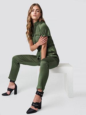 Glamorous Shortsleeve Jumpsuit grön