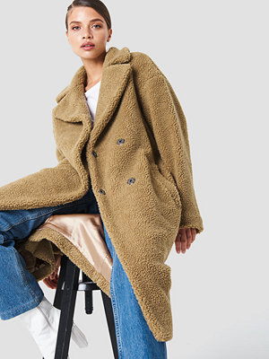 NA-KD Big Collar Teddy Coat brun