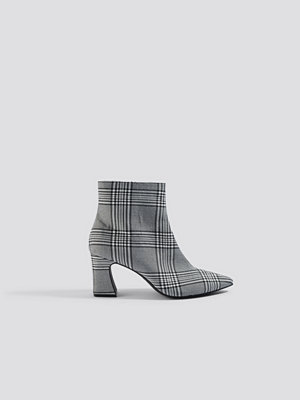 Pumps & klackskor - NA-KD Shoes Checked Ankle Boots grå