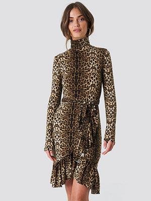 NA-KD Trend Leo Polo Dress brun