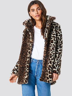 NA-KD Trend Faux Fur Leo Jacket brun