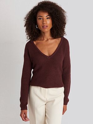 NA-KD Deep Front V-neck Knitted Sweater lila