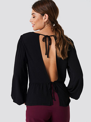 NA-KD Tie Detail Open Back Top - Blusar
