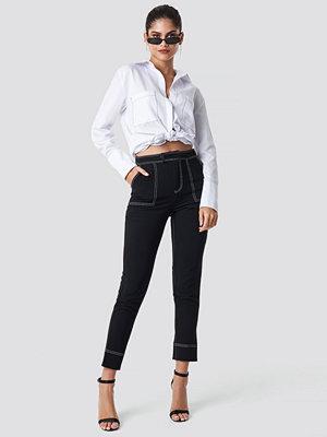 NA-KD Trend Contrast Seam Detailed Pants - Ankelbyxor svarta