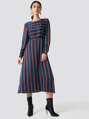 NA-KD Trend Long Sleeve Striped Midi Dress - Maxiklänningar