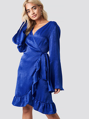 Rut & Circle Sofia Wrap Frill Dress blå
