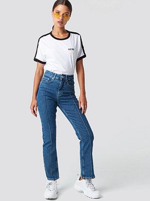 NA-KD Trend Pleat Detail Jeans