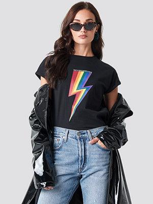 T-shirts - Rut & Circle Rainbow Flash Tee svart