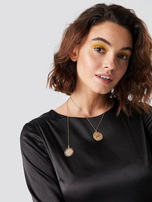Emilie Briting x NA-KD Round Pendant Necklace - Smycken